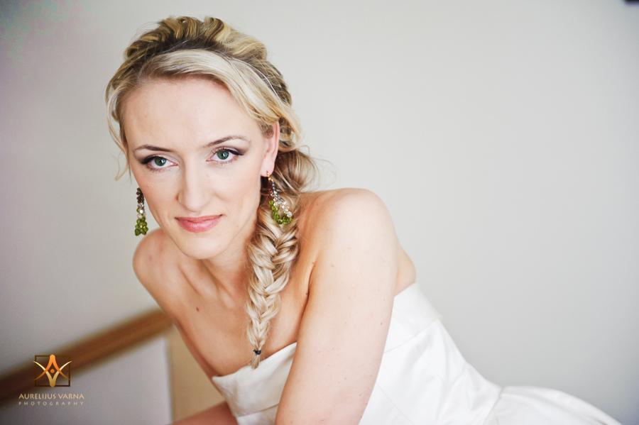 how to become a destination wedding photographer