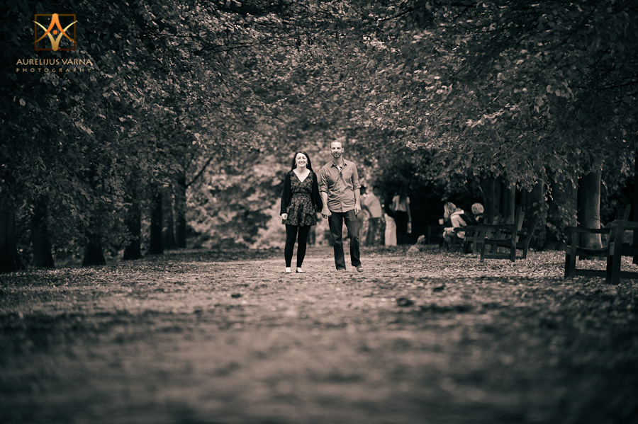 Engagement photographer Hampstead Heath, London