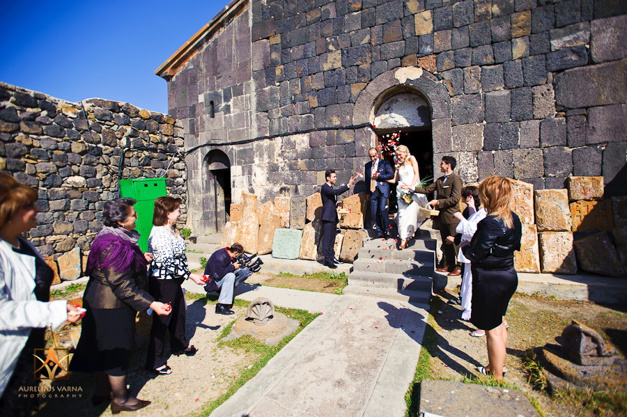 Russian speaking destination wedding photographer in Armenia