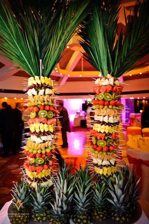 jungel theme for weddings