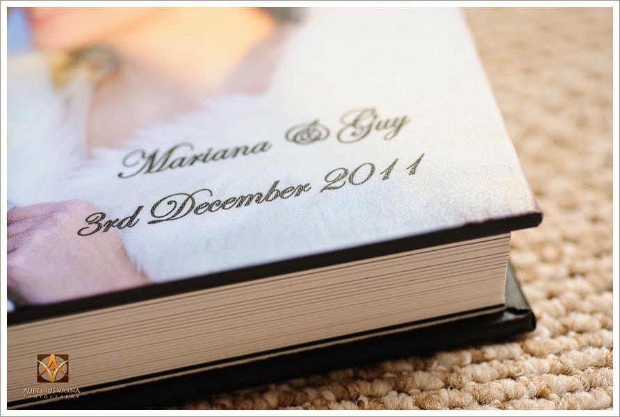 wedding photographer with amazing contemporary wedding albums (5)